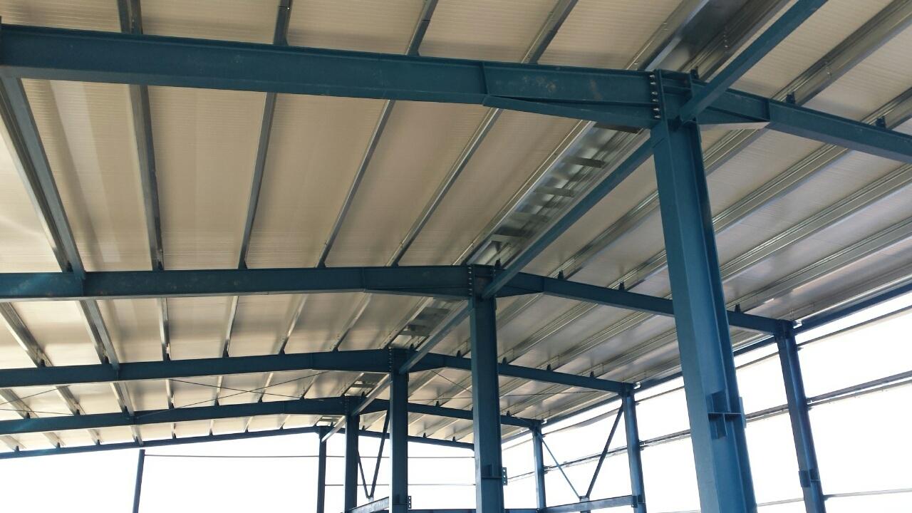 Покрив 1 на металната конструкция